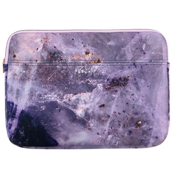 Mytagalong purple marble laptop case